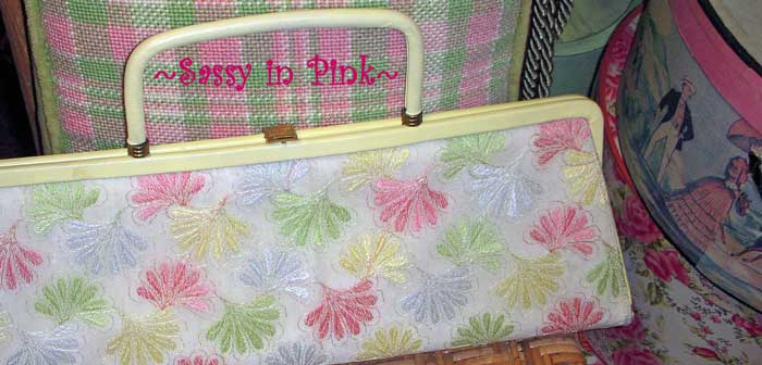 sassy-in-pink-antiquing-blo