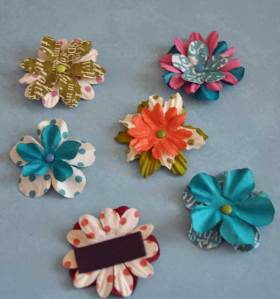 making-paper-flower-magnets