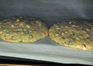 monster-cookies-baking